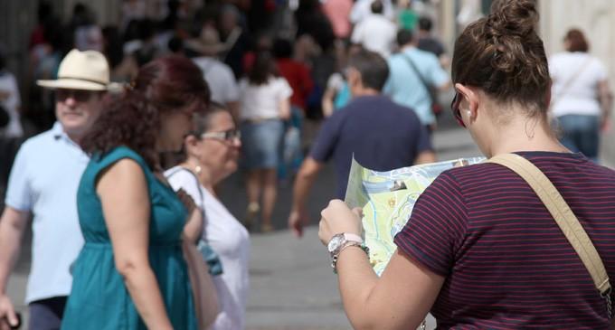 Los guías turísticos exigen un convenio 'anti-intrusismo' como el de sus compañeros de la región