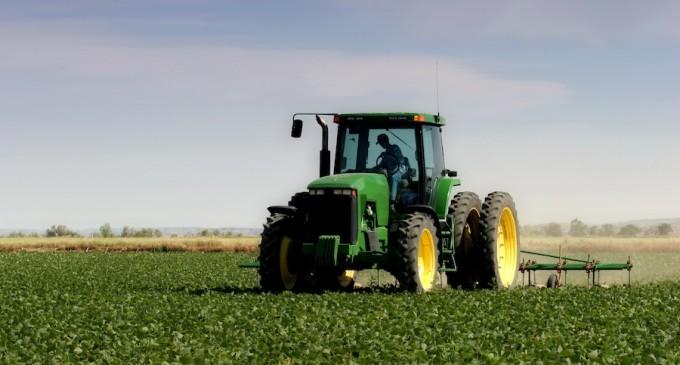 Tractores de toda España realizarán la 'Ruta de los castillos' por localidades de Segovia, Ávila y Valladolid
