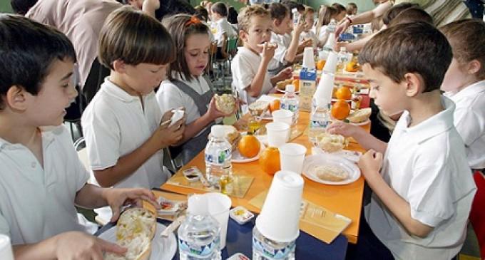 Suspensión provisional para la concesionaria del servicio de comedor de 19 colegios