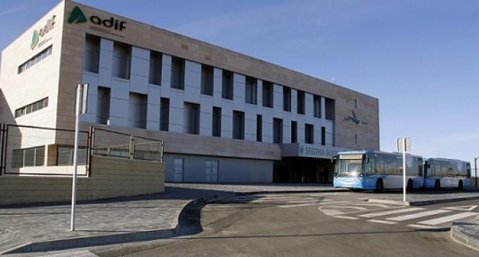 La Estación Segovia-Guiomar se une a 'La hora del Planeta'
