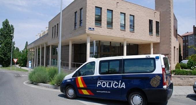 Tres detenidos por intento de robo en el tanatorio