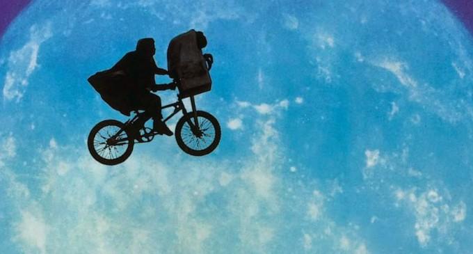 E.T el extraterrestre, 'fichaje estrella' de la semana de la movilidad