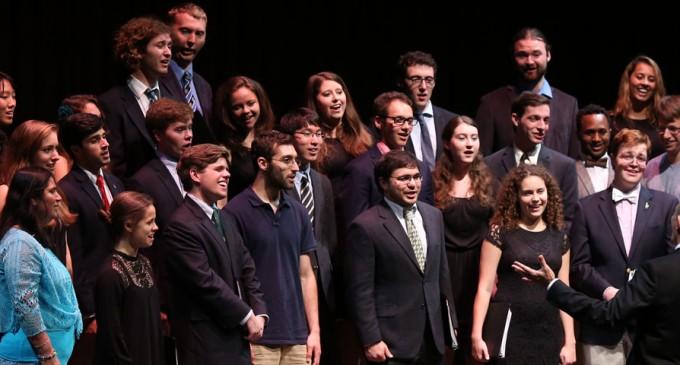 El Coro Dartmouth College Glee Club actuará en Segovia en un concierto solidario