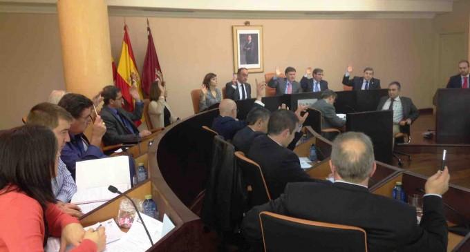 Solo los votos del Partido Popular validan los presupuestos para 2016 de la Diputación