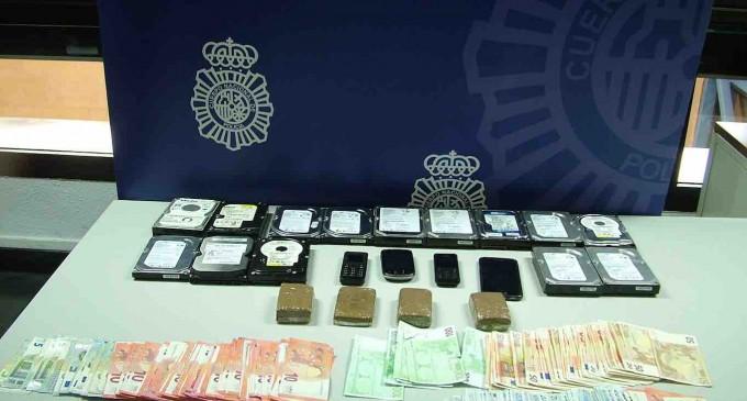 Detenidos dos hombres por presunto tráfico de drogas