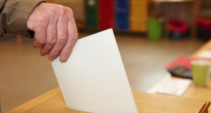 EDITORIAL.  Vote a uno u otro, pero vote
