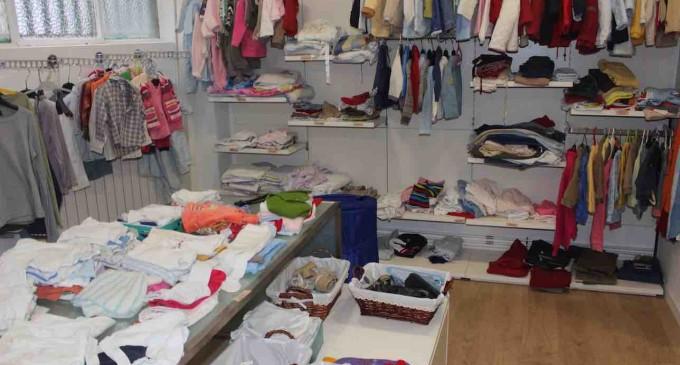 El ropero de Cáritas se transforma en tienda solidaria