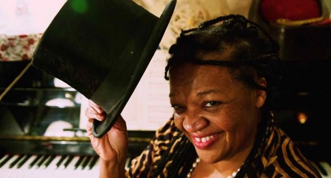 Velma Powel presenta 'Step into the blues' en el Juan Bravo