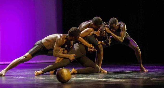 El espectáculo 'luces y sombras de África' llama a la solidaridad en Sepúlveda