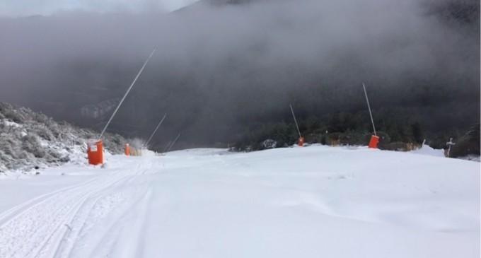 El viernes se abrirán al público las pistas de esquí de La Pinilla