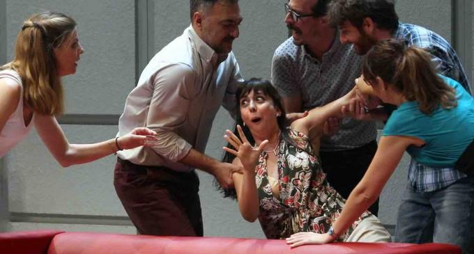 El Juan Bravo pone a los espectadores 'Bajo Terapia'