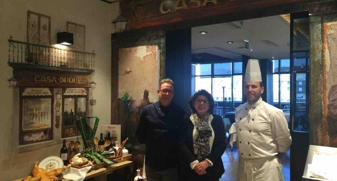El Restaurante Duque 'conquista' León con la gastronomía segoviana