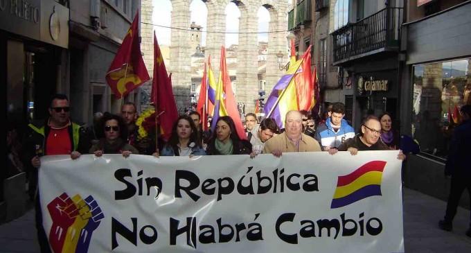 Colectivos sociales y sindicatos conmemoran el aniversario de la II República
