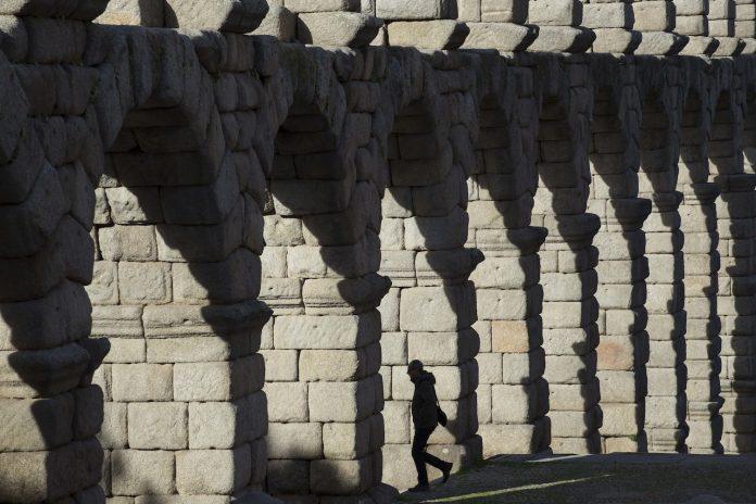Acueducto de Segovia / Eduardo Margareto-ICAL